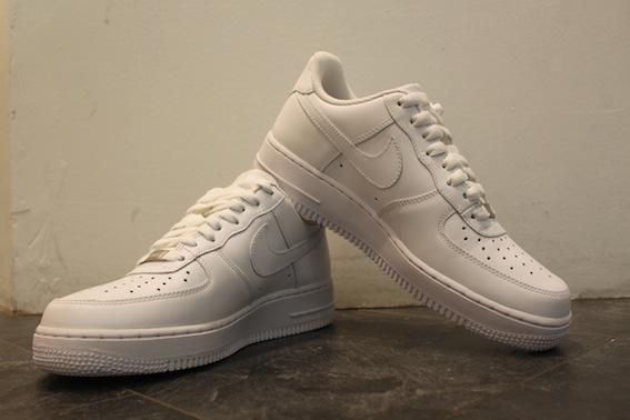 Nike Air Force 1 low white hvit