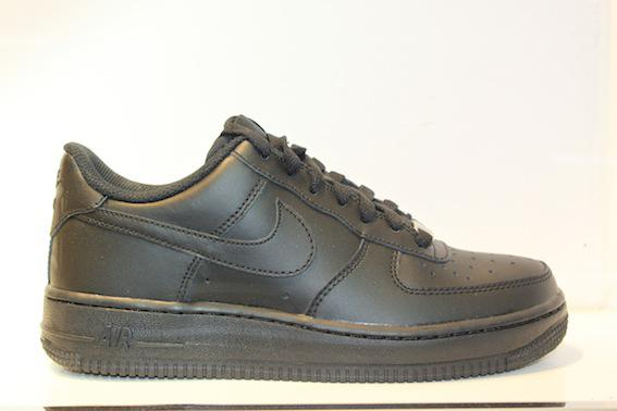 Nike Air Force 1 black svart